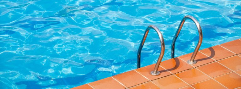Choosing the #1 Pool Cleaner in Thousand Oaks