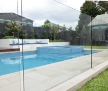 Melbourne Glass Fencing – Glass Balustrading