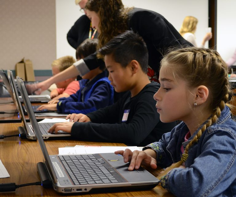 Best tools and Languages for Kids Learning to Code