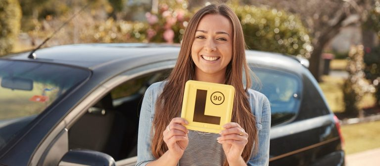 How To Choose The Best Car Driving School?